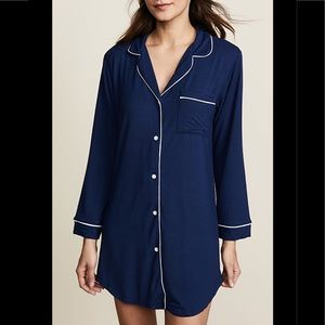 EBERJEY Sleepshirt Navy with contrast piping Small